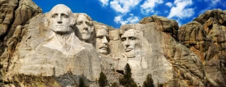 Mount Rushmore - Proses Membuat Visa Amerika Serikat (source: Google)