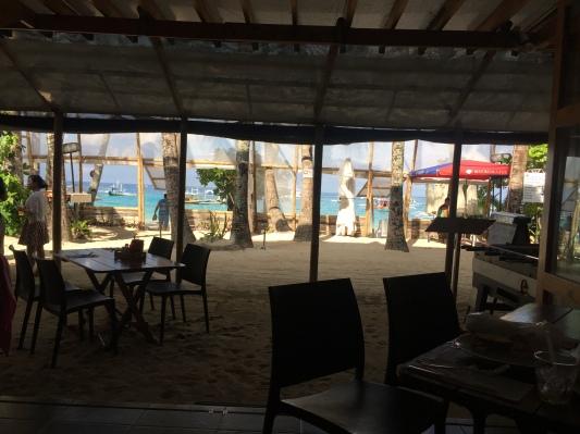 Pemandangan dari restoran di beranda hotel Hey Jude South Beach - Wira Asmo
