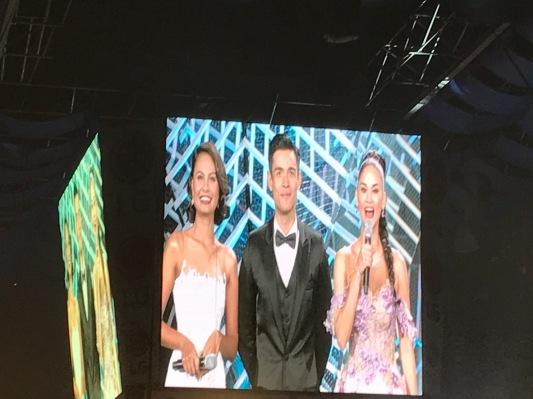 Venus Raj, Xian Lim, dan Pia Wurtzbach - Pembawa Acara Bb Pilipinas 2017