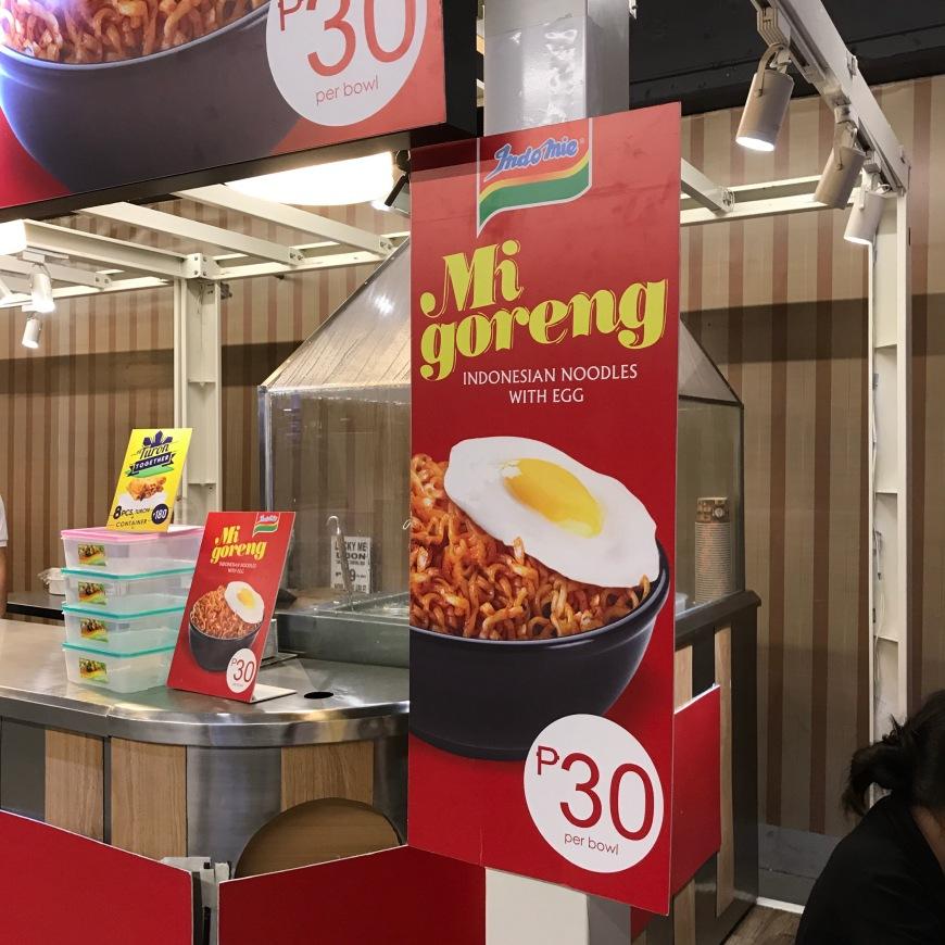 Booth Indomie Goreng di SM Makati Filipina - Wira Asmo